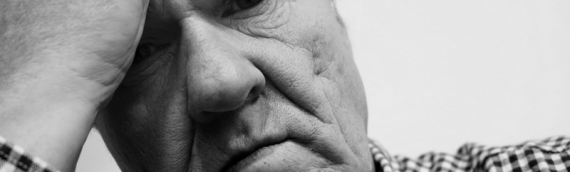 4 Early Warning Signs of Dementia to Look For